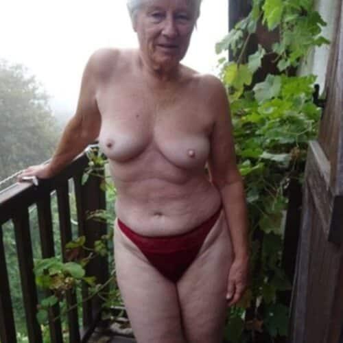 Oma wilt echte geile sex